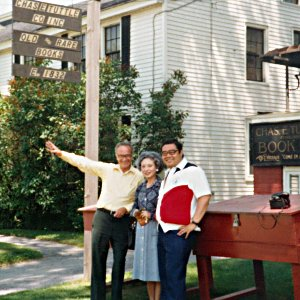 photo of charles and reiko tuttle with tom mori